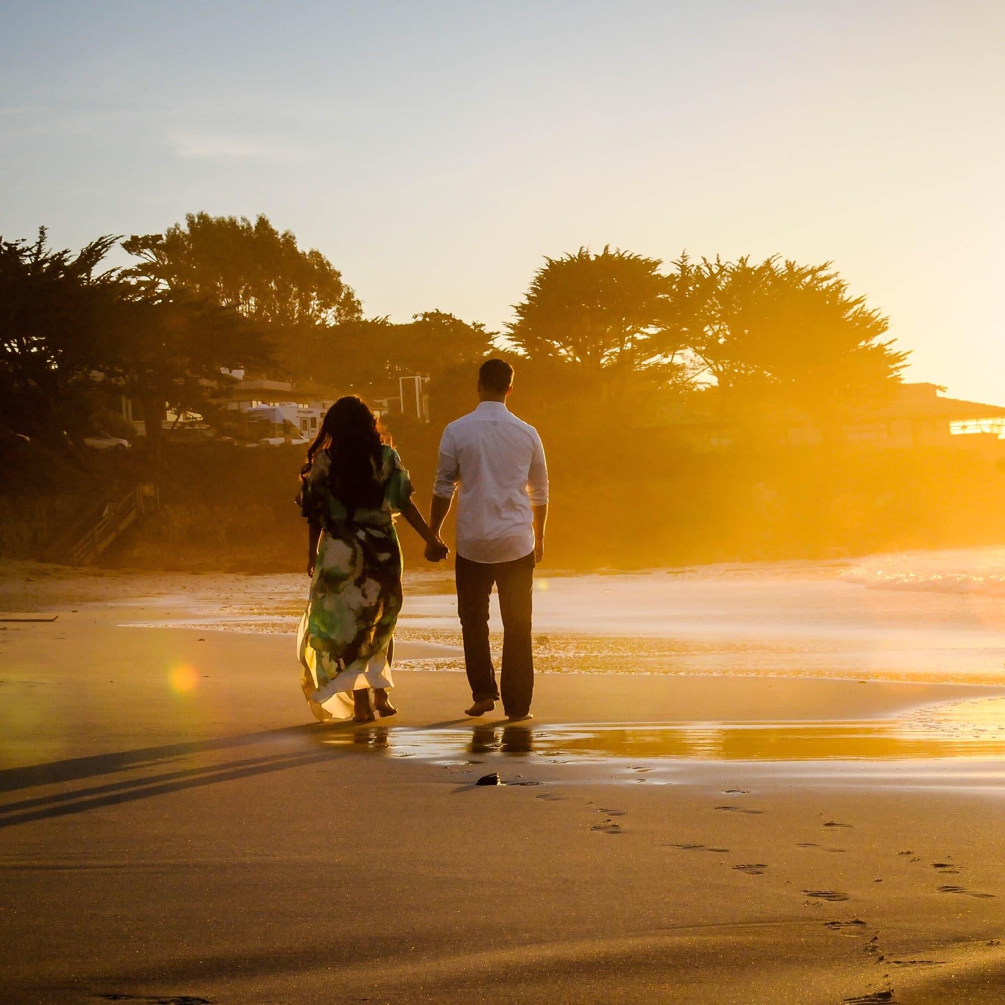 """💍 """"I like long walks on the beach."""""""